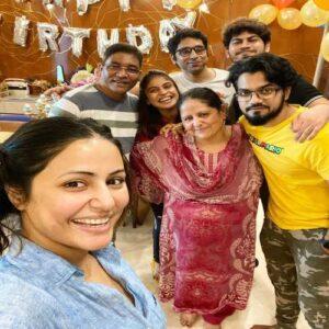 Hina Khan Biography   Wiki, Husband, Age, Children, Height, Family & More