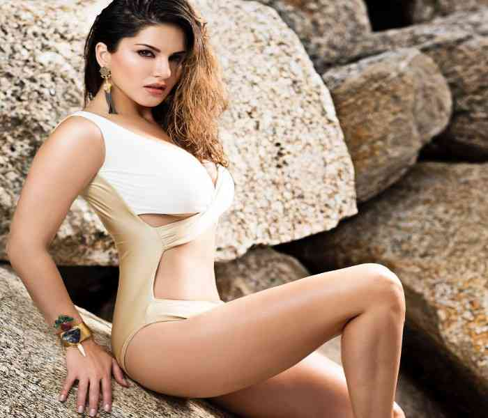 Sunny Leone Biography | Wiki, Husband, Biopic, Kids, Net Worth, Facts, Family & More